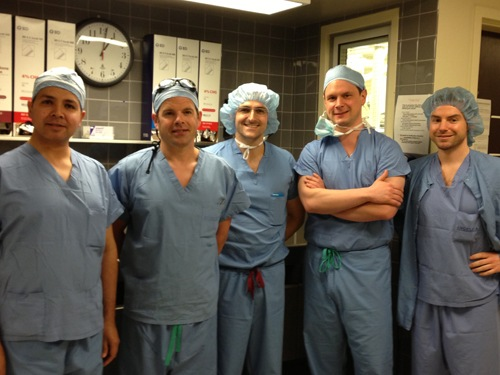 Dr. McLaughlin with the German Arthroscopy Assoication Fellows in the operating room